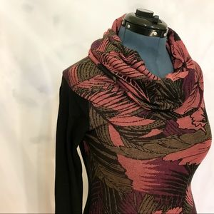 🌸2/$30🌸 Kollontai Sweater w/ Leaf Floral Pattern